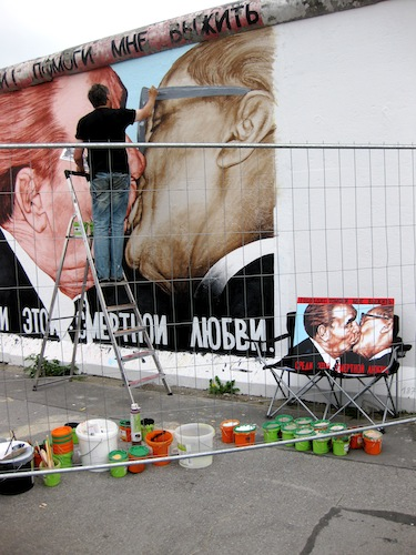 Renovating the Berlin Wall in 2009
