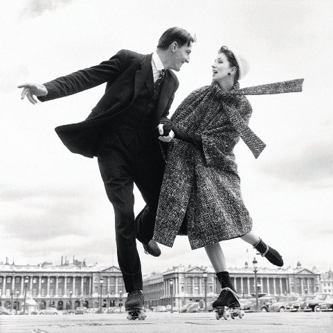 Richard Avedon, couple roller skating