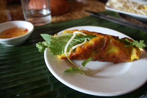 Banh xeo: crispy Hoi An pancakes at Morning Glory Cooking Class, Hoi An, Vietnam