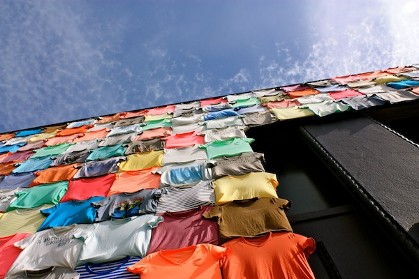 T-shirt wall on sunny day in SOMA, San Francisco, California, USA