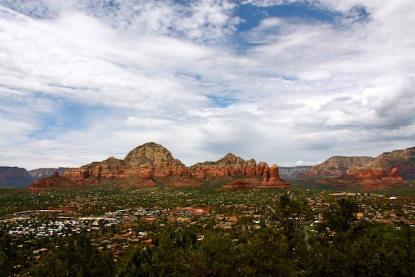 Blue skies over Sedona red rocks from the Airport lookout in Arizona, USA