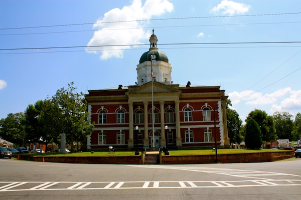 Small town city hall in rural Georgia, USA