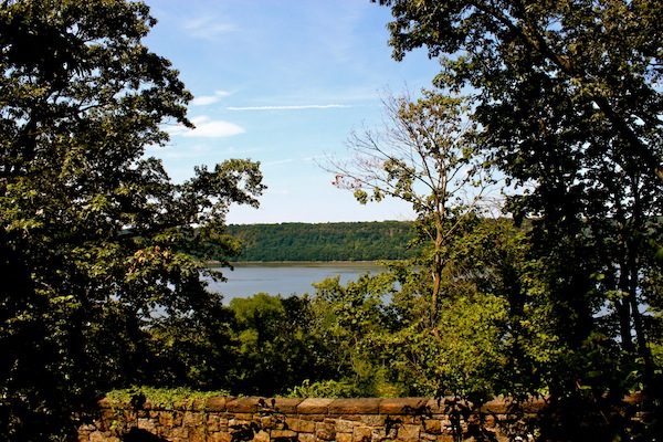 View of the Hudson River from Fort Tryon Park in Manhattan, New York City