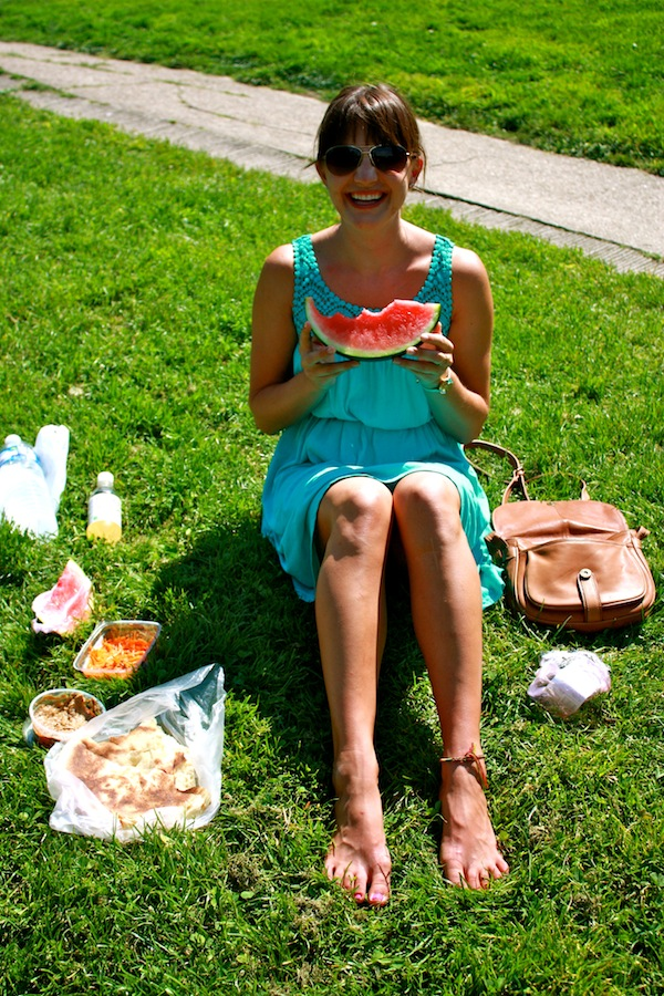 Christine Amorose on a picnic in Paris