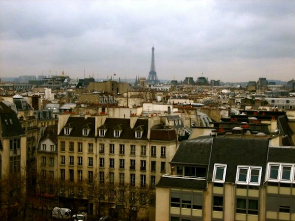 Gray Paris skyline