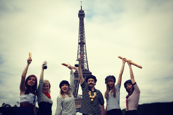 3_Paris Love